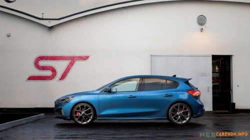 2020 Ford Focus ST 9